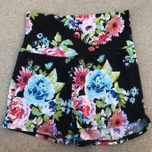 Black floral stretchy band dress casual shorts